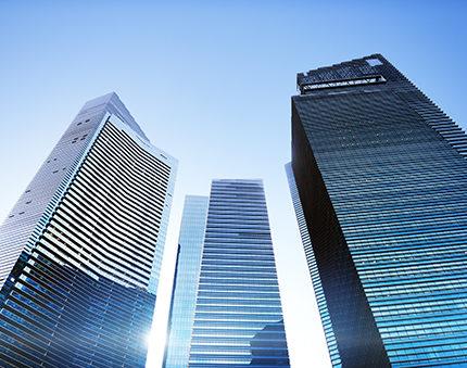 Sprzedaż nieruchomości komercyjnych – jaki podatek?