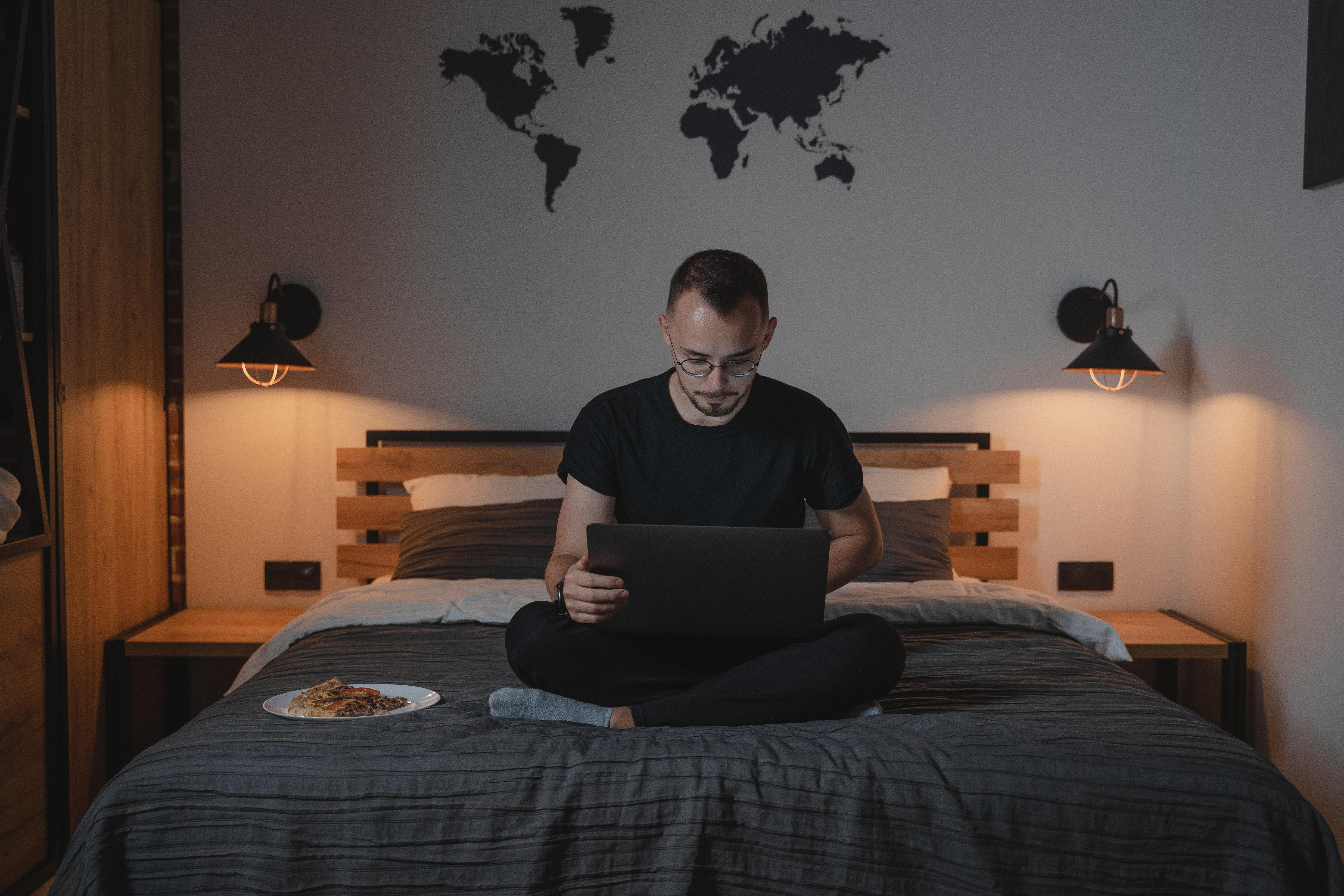 Fotel i biurko do domu podczas pracy zdalnej bez podatku dochodowego